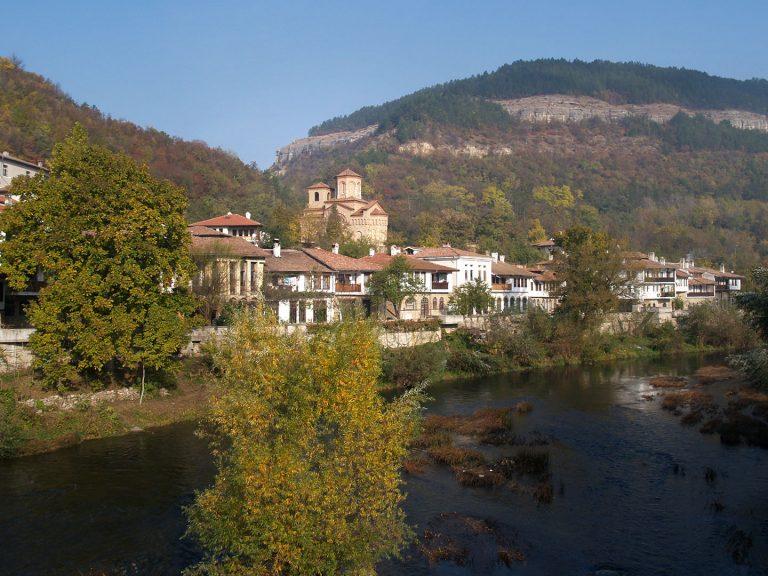 """Църквата """"Св. Димитър"""" – Велико Търново"""