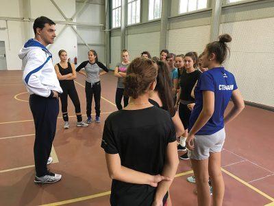 """Волейболната школа """"Владо Николов"""" започва тренировки във Велико Търново"""