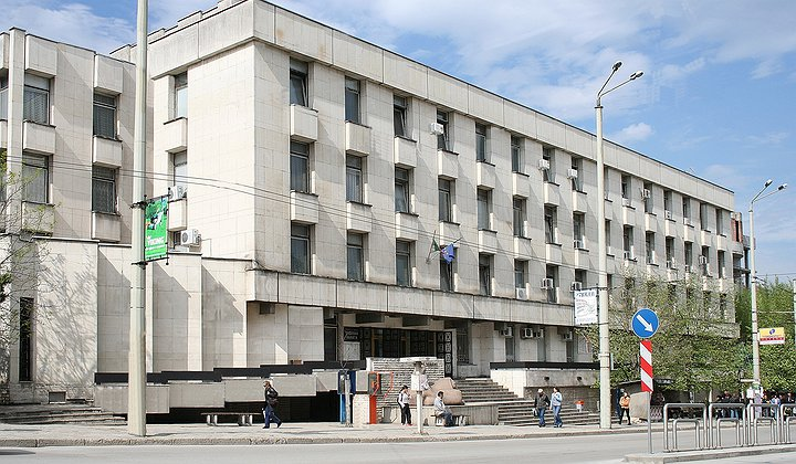 Във Велико Търново съдят 15-годишен, извършил поредица от кражби