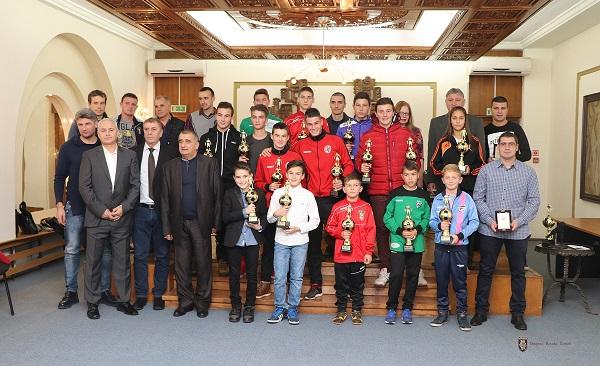 В града бяха наградени най-добрите млади футболисти в Централна и Северозападна България