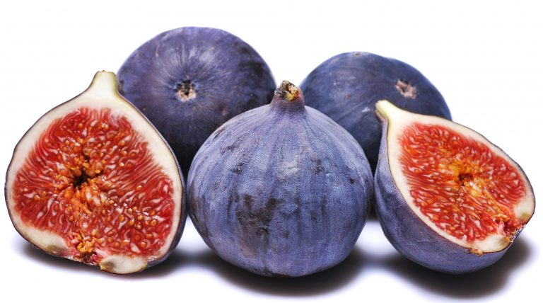 Всяка смокиня съдържа по една оса