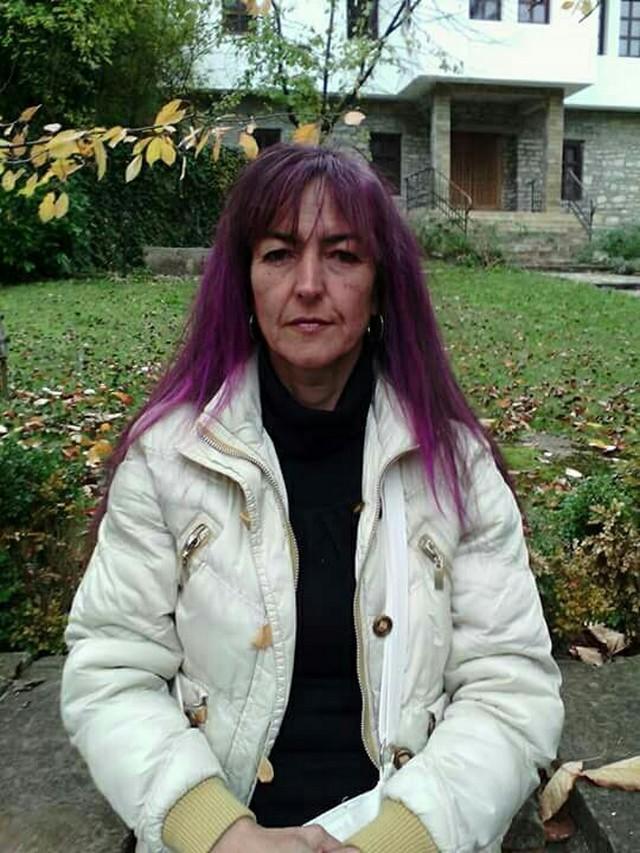 Криминалисти от Търново издирват 48-годишна жена