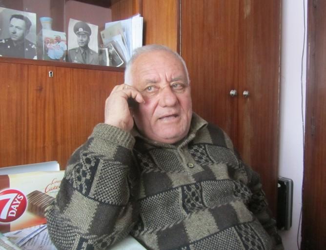 Стефан Цонев, който е на хемодиализа, предложи дома си на семейство от Хитрино
