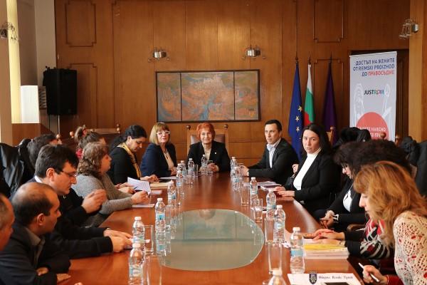 Във Велико Търново стартира пилотен за пет европейски държави проект