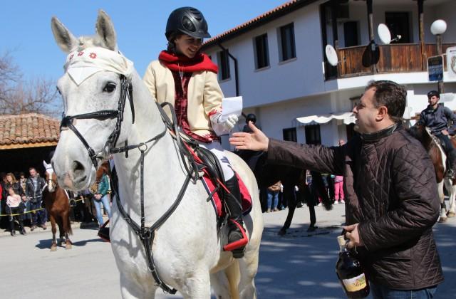 Арбанаси събра над 1,000 жители и гости за Тодоровден
