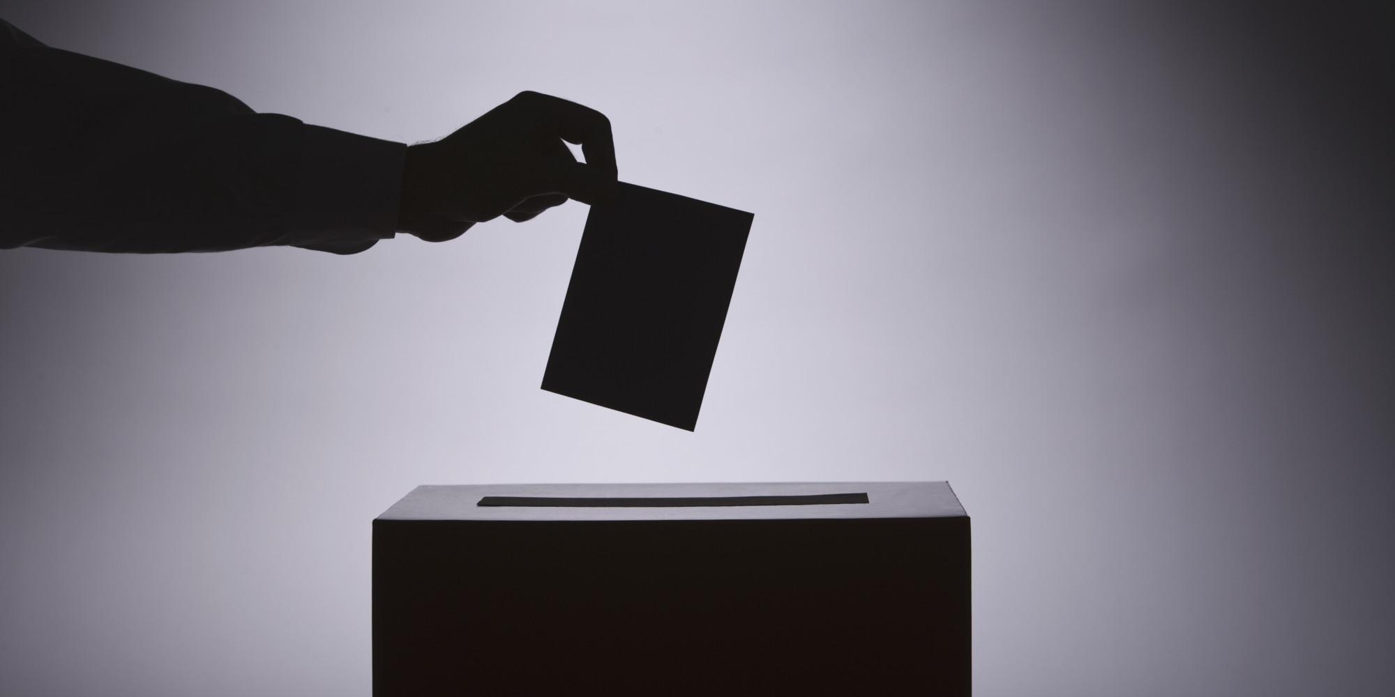 Защо червеният кмет на община Павликени обикаля селата в изборния ден?