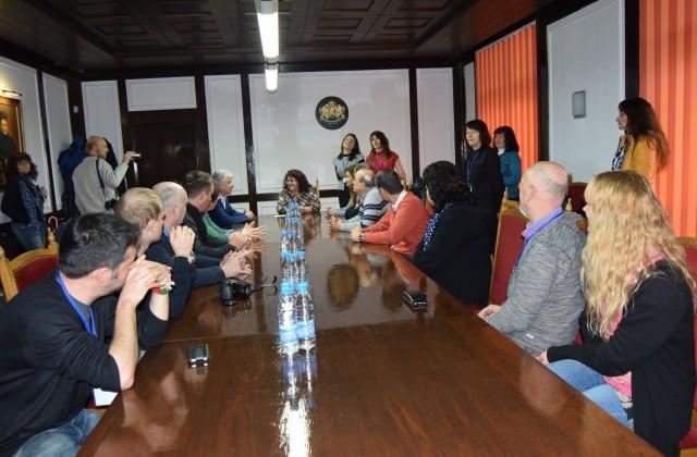 Учители и ученици от 6 страни гостуваха в Горна Оряховица