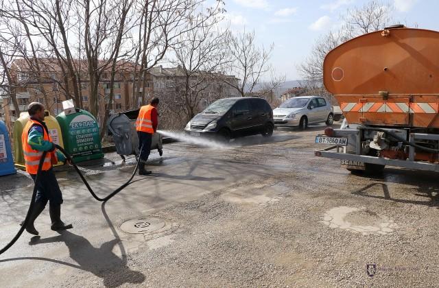Започва миенето на улиците в най-големите квартали на Велико Търново